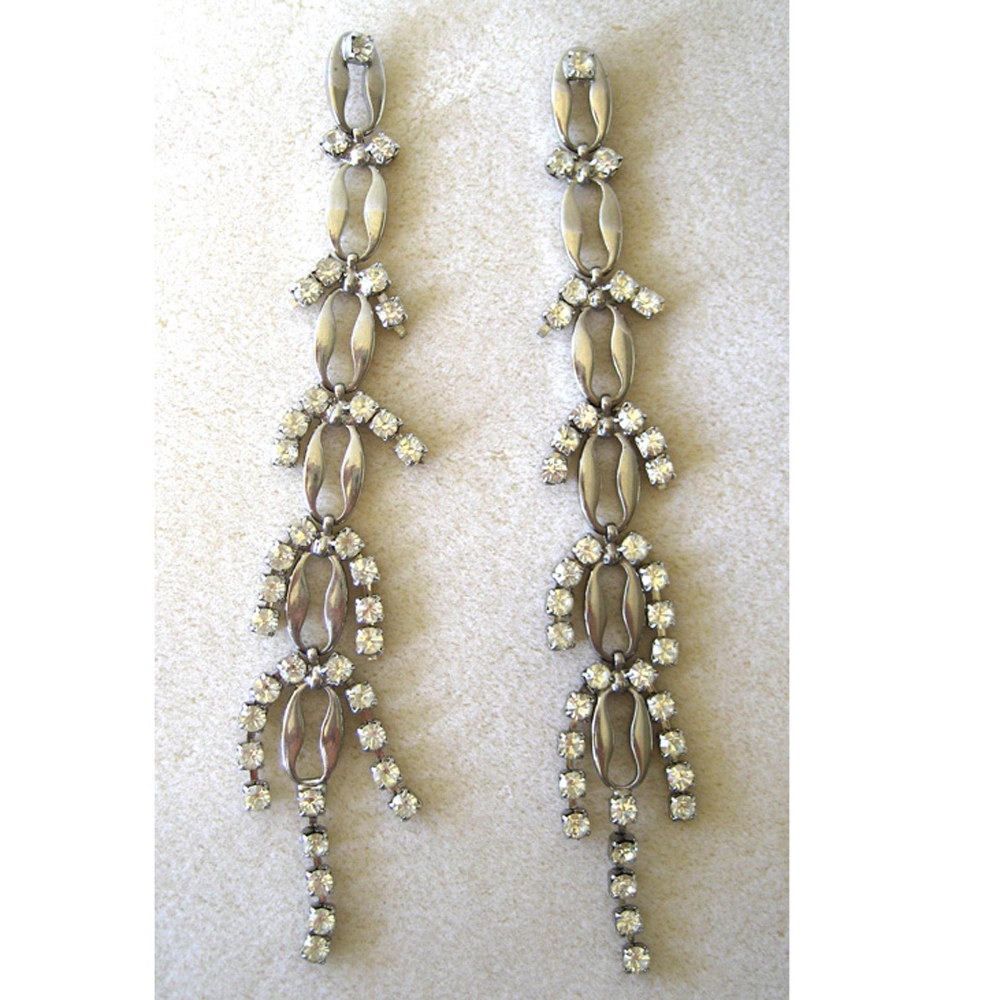Unsigned Silvertone Rhinestone Shoulder Duster Earrings