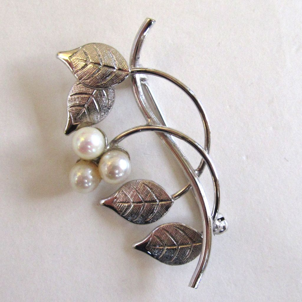 Sterling Silver Cultured Pearl Leaf Brooch/Pin