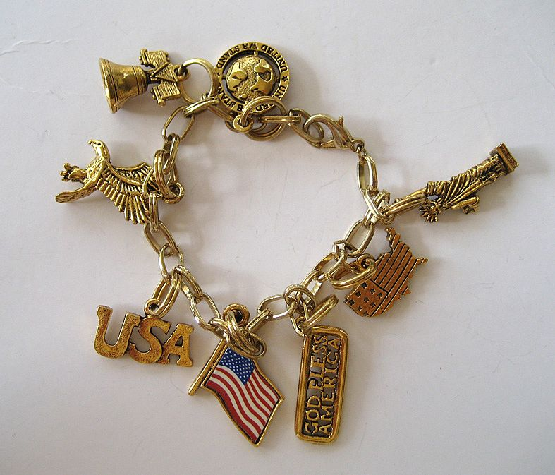 Gold Tone USA Charm Bracelet