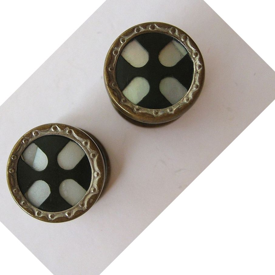 Mother-Of-Pearl and Onyx Silver-tone Snap Cufflinks
