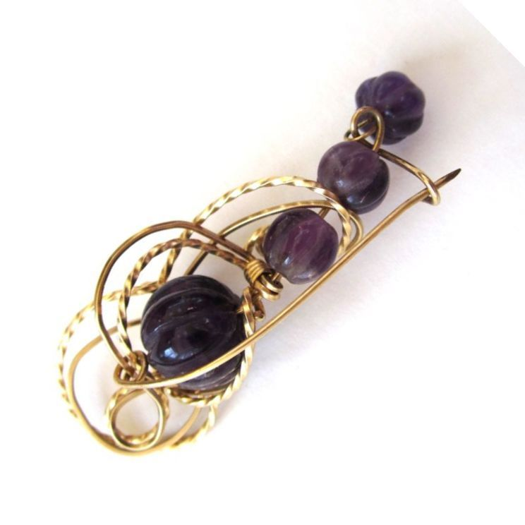 Wirework Carved Amethyst Brooch/Pin