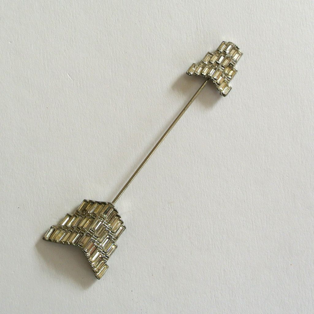 Rhinestone Arrow Hat/Jabot Brooch/Pin