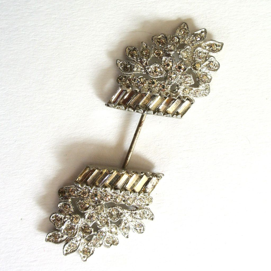 Silver-tone Rhinestone Basket of Flowers Hat Pin