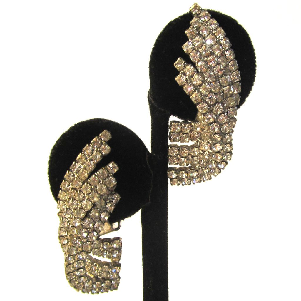 Rhinestone Fan Earrings