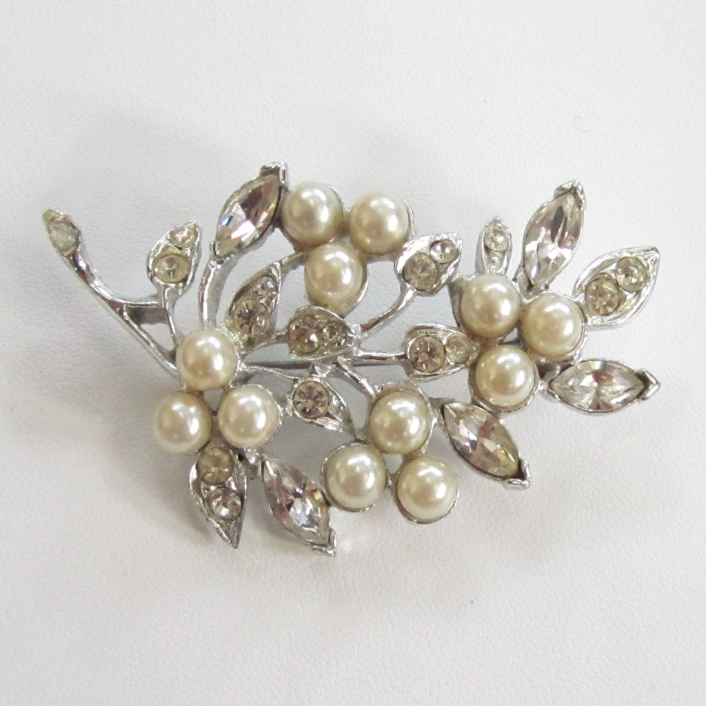 Rhinestone and Faux Pearl Branch Brooch/Pin