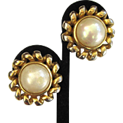 Christian Dior Bijoux Faux Mabe Pearl Gold-Tone Earrings