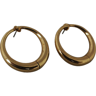 Unusual Sloan and Co 14K Gold Large Hoop Earrings