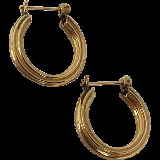 "14 k Yellow Gold Ridged Hoop Earrings 5/8"""