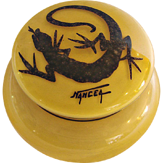 French Grosclaude Cameo Yellow Art Deco Glass Box w Mottled Gecko Lizard on Lid Signed Nancea c 1922