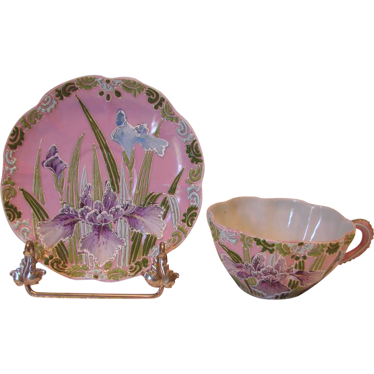 Asian Japanese Cup & Saucer Moriage Hand Painted Enameled Purple Blue Iris Pink Ground c 1870