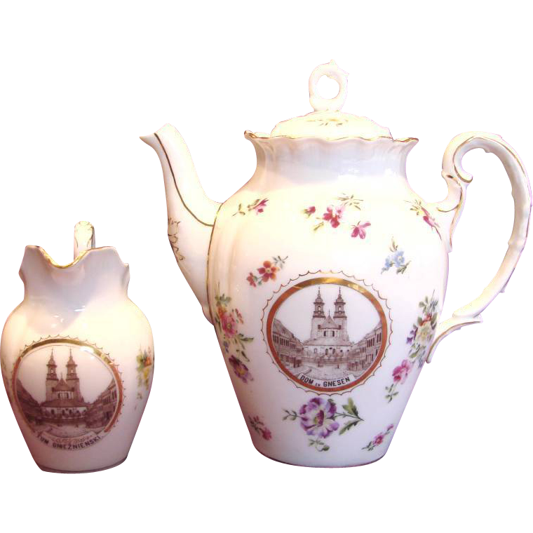 German Tielsch Coffee or Tea Pot & Creamer w a Polish Scene of Congress of Gnieźnieński in Gnesen c 1900 - 1934
