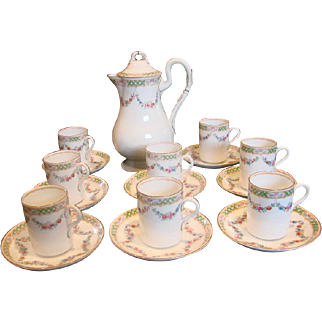 English Worcester Chocolate Set Pot with 8 Cups & Saucers Hand Painted Small Pink Roses & Blue Daisies c 1912-1913