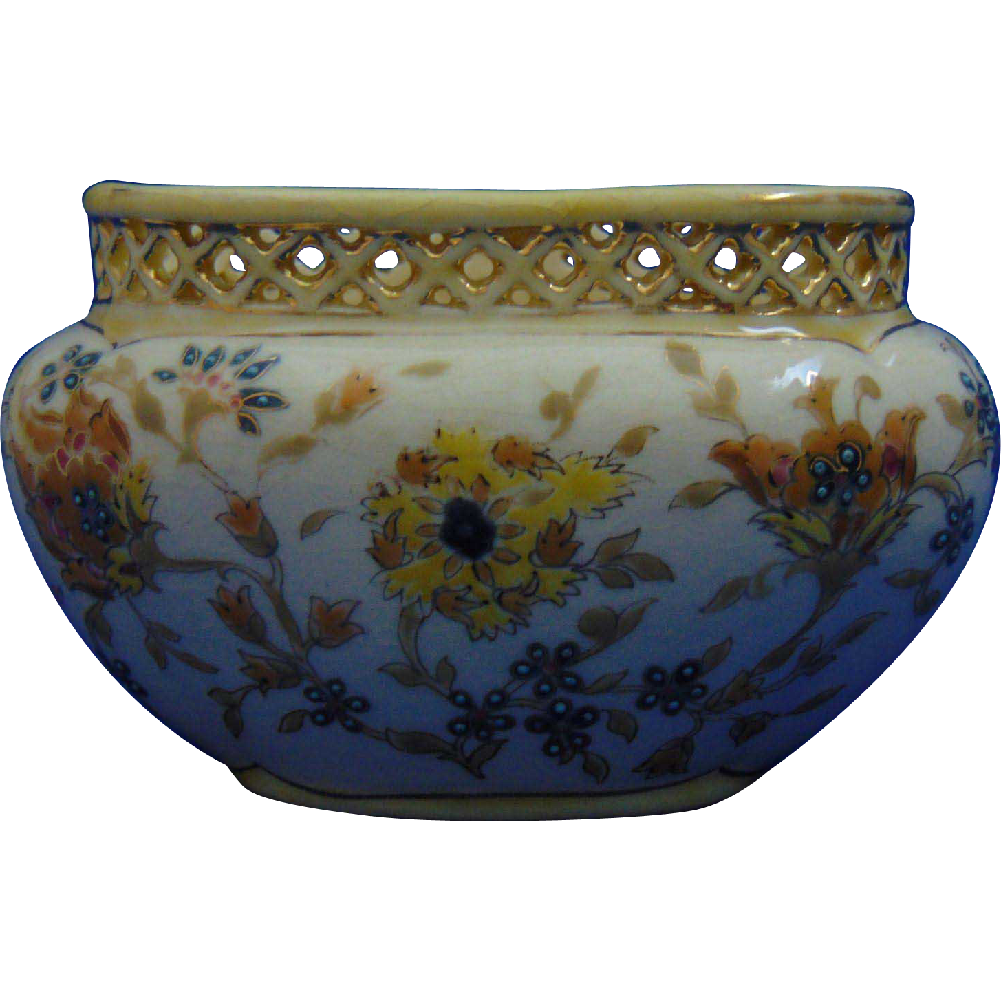 "Zsolnay Hungary ""Old Ivory"" Reticulated Cache Pot/Vase (c.1882-1885)"