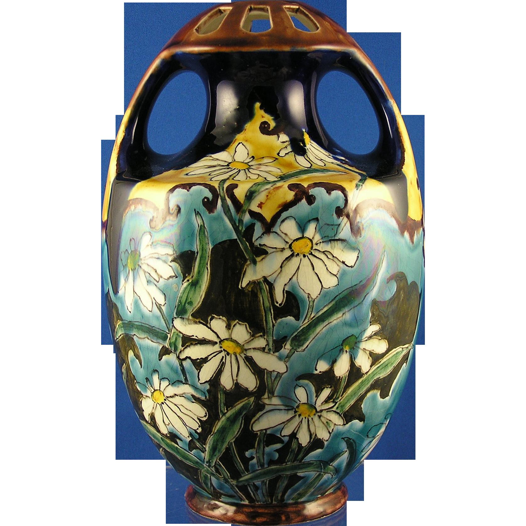 Ernst Wahliss EW Turn Habsburg Crown China Arts & Crafts Daisy Motif Vase (c.1897-1906)