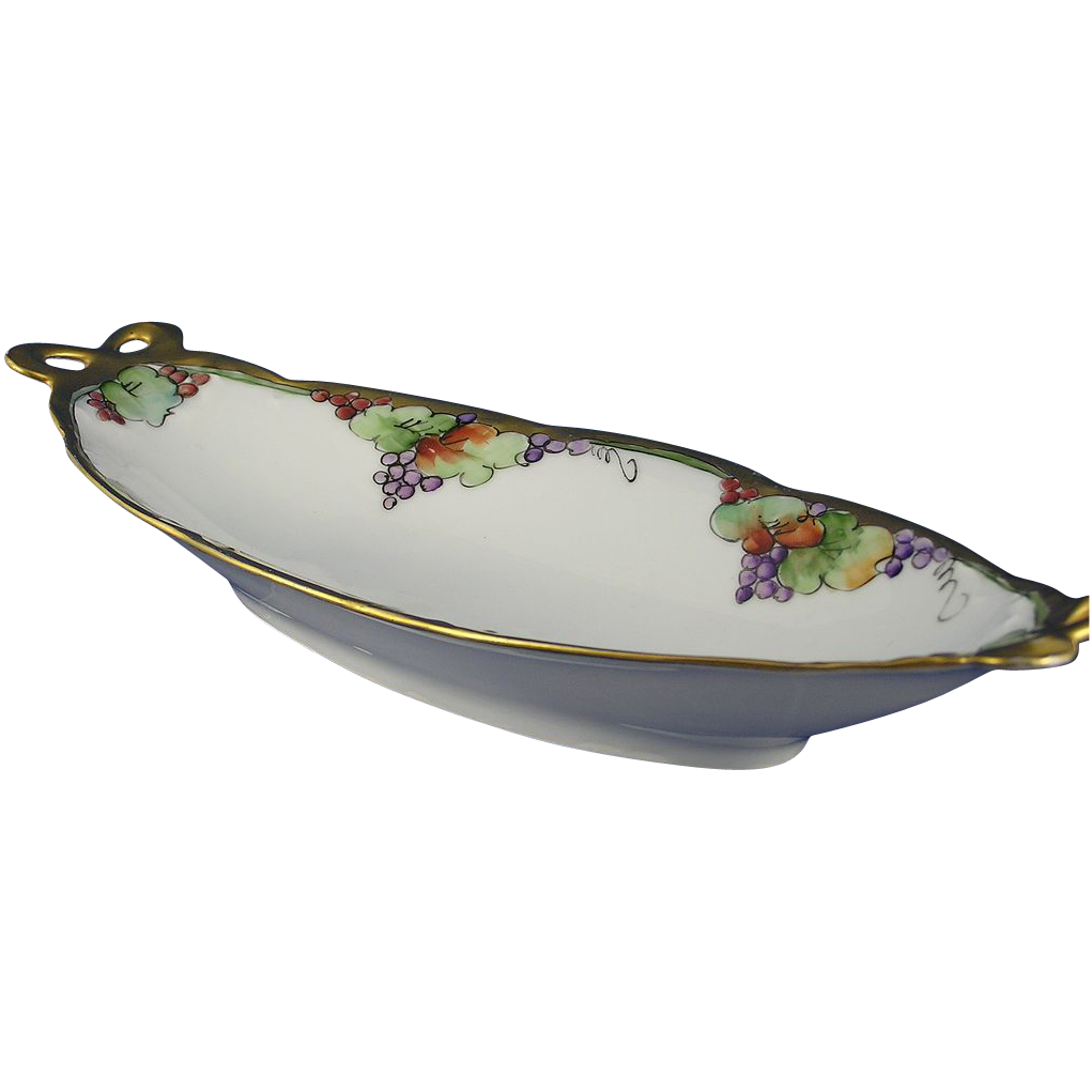 Heinrich & Co. (H&Co) Bavaria Arts & Crafts Fruit Motif Serving Dish (c.1896-1930)