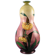 Royal Bonn Germany Old Dutch Tulip Motif Vase (c.1890-1923)