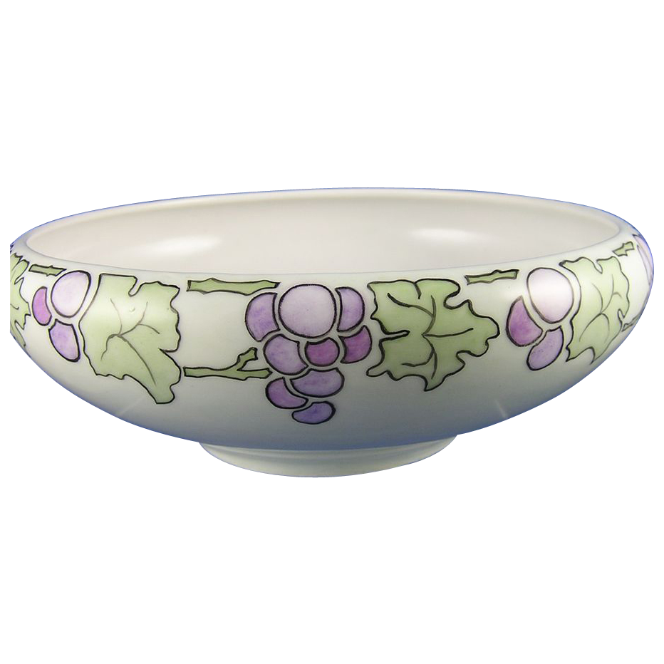 T&V Limoges Arts & Crafts Grape Motif Bowl (c.1892-1907)