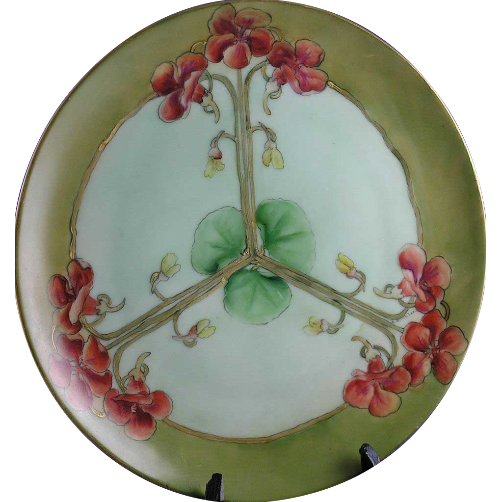 "Thomas Bavaria Arts & Crafts Nasturtium Motif Charger (Signed ""A. Runzler""/c.1908-1930)"