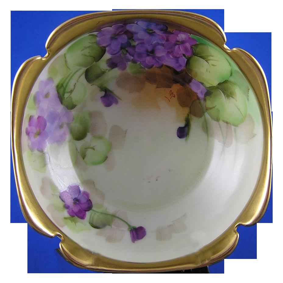 """T&V Limoges Pickard Studios Violet Design Bowl (Signed """"MP"""" for Minnie Verna Pickard/c.1905-1910)"""