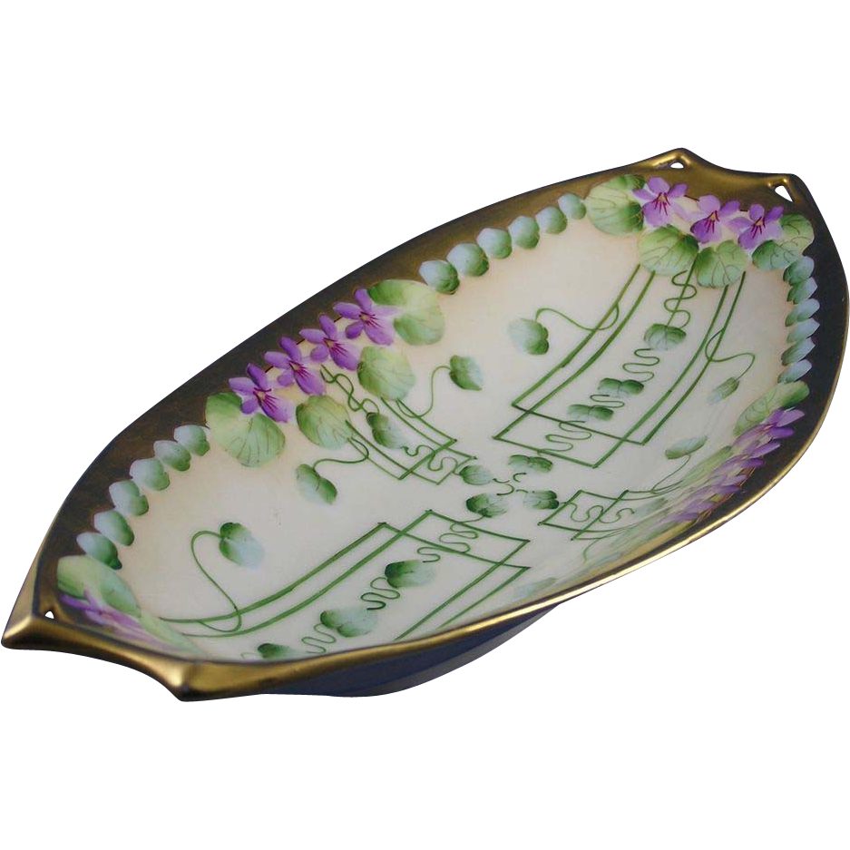 "Hutschenreuther Bavaria Pickard Studios ""Violets in Panel"" Design Serving Dish (c.1905-1910)"