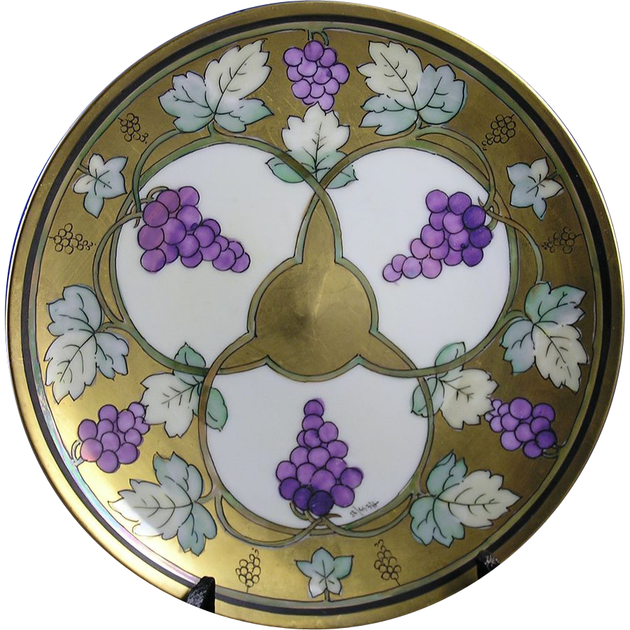 "Haviland Limoges Pickard Studios ""Lustre Grapes & Leaves"" Design Plate (Signed by Robert Hessler/c.1905-1910)"