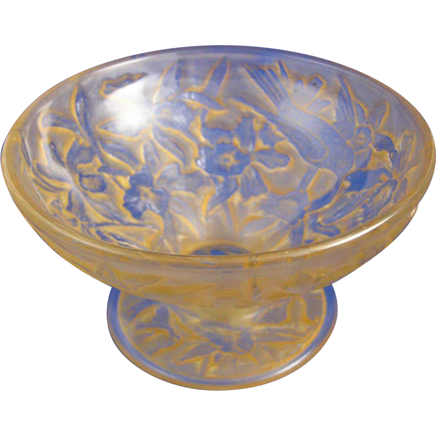 Consolidated Glass Yellow Wash Martele Hummingbird Motif Compote (c.1920's)