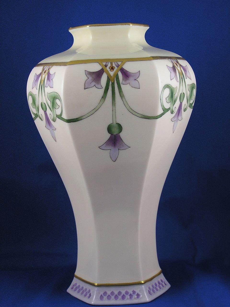 Lenox belleek art deco floral motif vase signed sl c for Art deco flowers