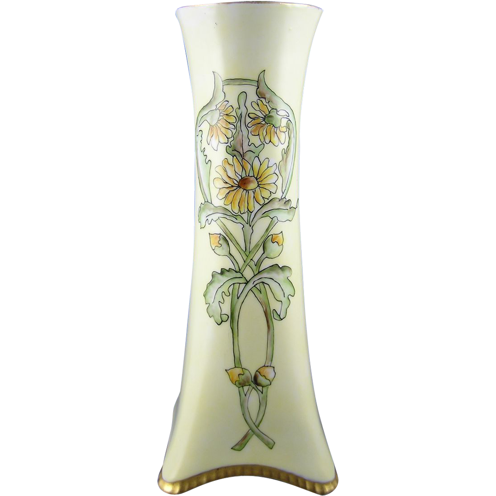 Heinrich & Co. (H&Co.) Selb Bavaria Arts & Crafts Daisy Motif Vase (c.1900-1920)