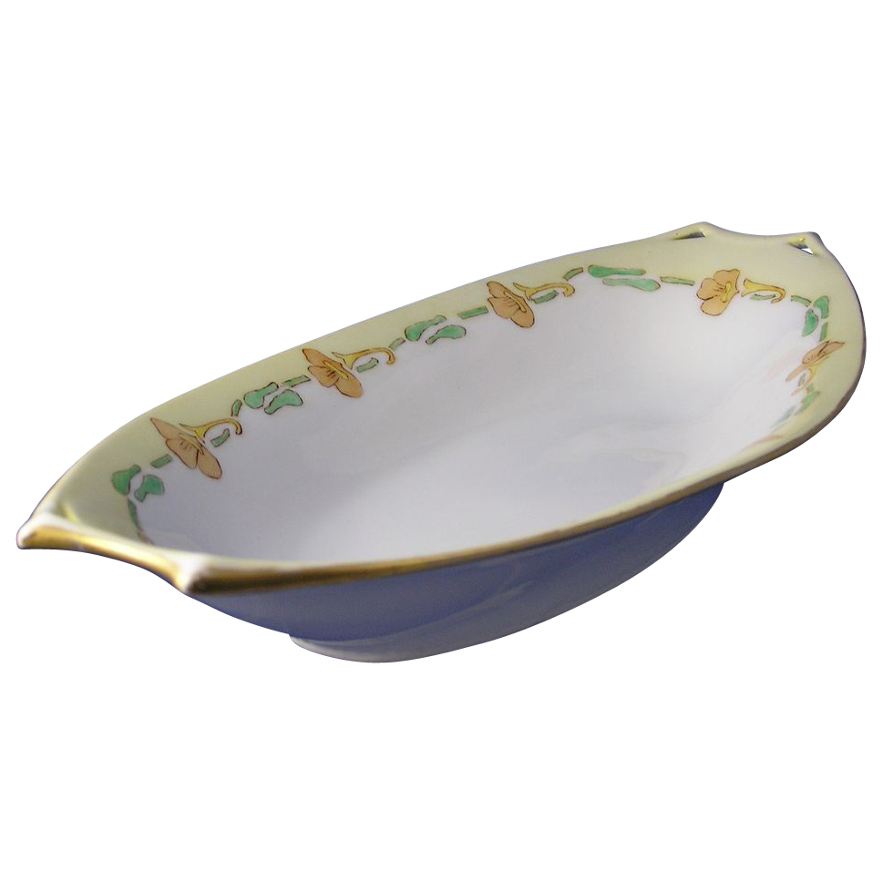 Hutschenreuther Bavaria Arts & Crafts Floral Motif Serving Dish (c.1920-1940)