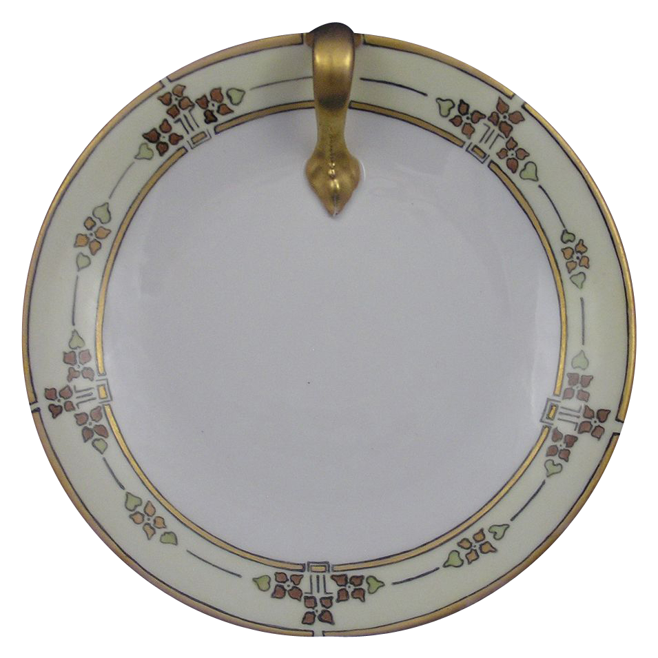T&V Limoges Arts & Crafts Lemon Server (c.1892-1907)