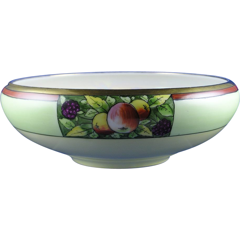 Stouffer Studios Tressemann & Vogt (T&V) Limoges Fruit Design Bowl (c.1906-1914)