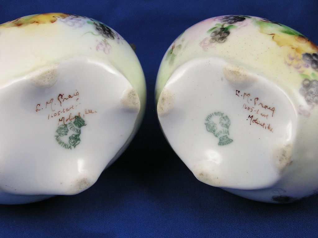 "PH Leonard Austria Raspberry Design Creamer & Sugar Set Signed ""L M"