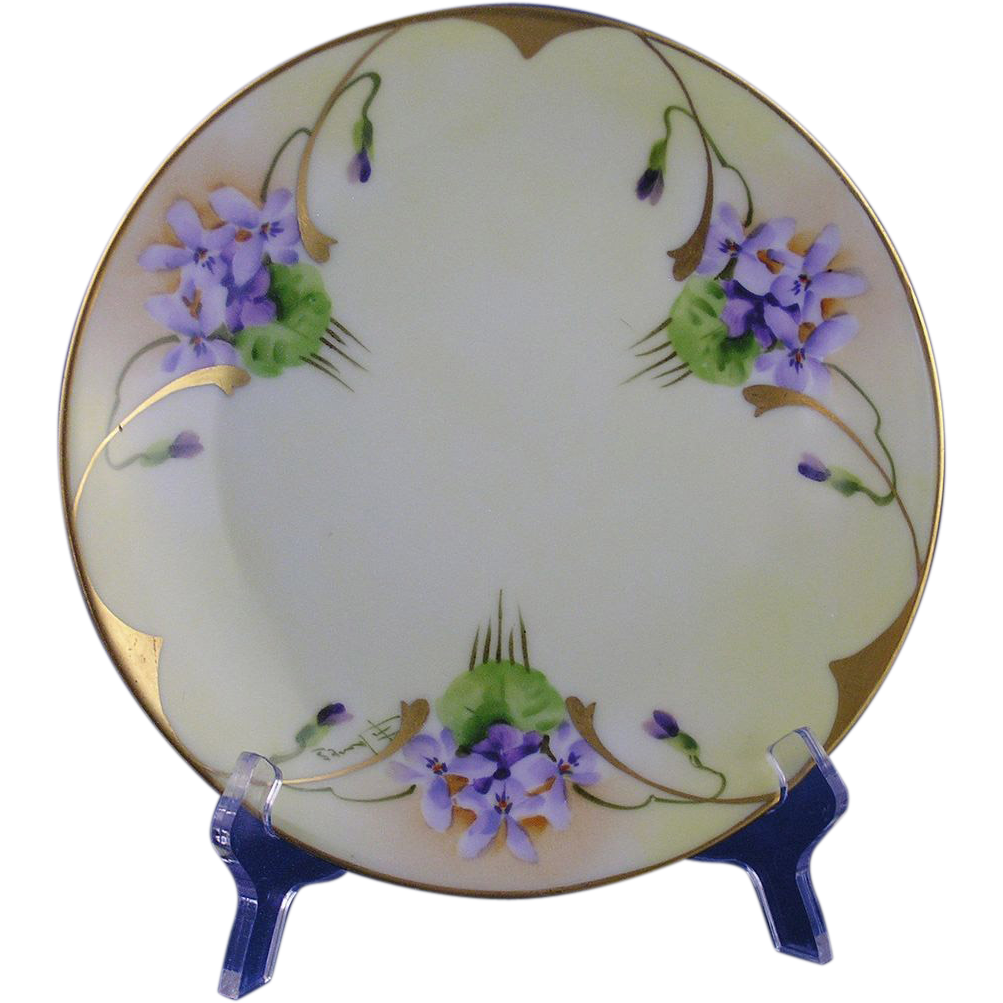 "Thomas Bavaria Pickard Studios Violet Design Plate (Signed ""F. James""/c.1903-1905)"