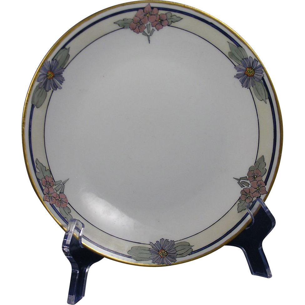 Bernardaud & Co. (B&Co.) Limoges Enameled Floral Motif Plate (c.1900-1914)