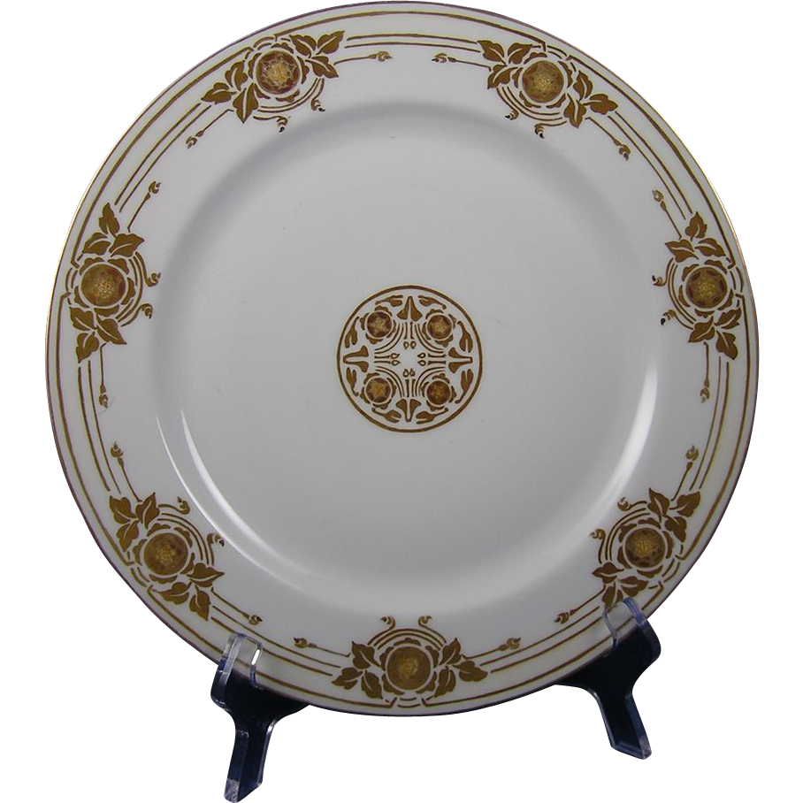 Haviland Limoges Arts & Crafts Acorn Motif Plate (c.1910-1930)