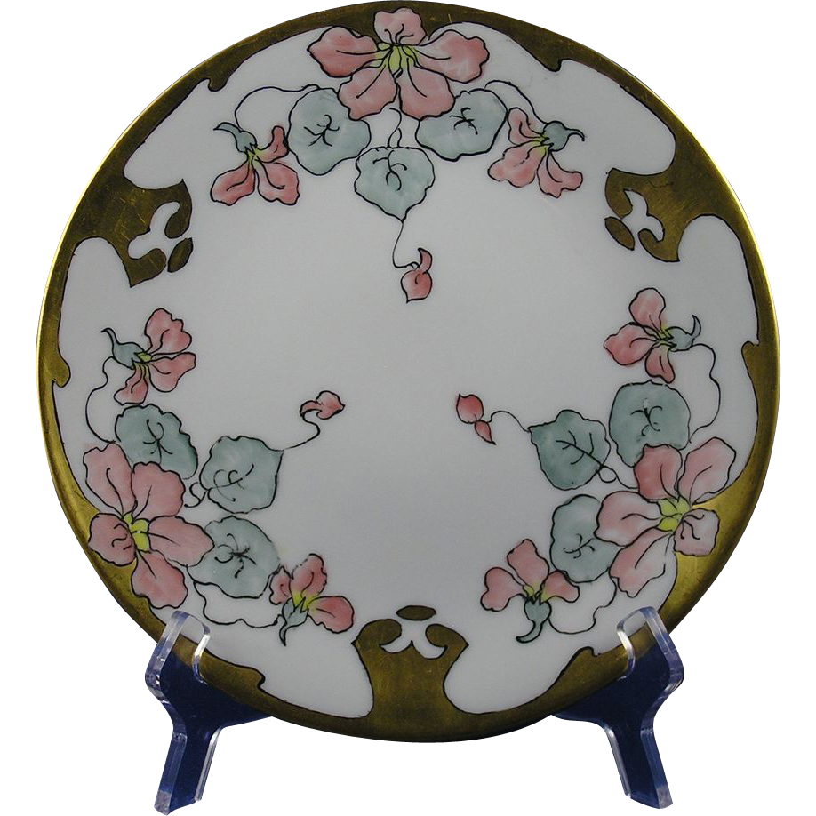 "Bernardaud & Co. (B&Co.) Limoges Arts & Crafts Floral Motif Plate (Signed ""M. Gray""/c.1900-1914)"