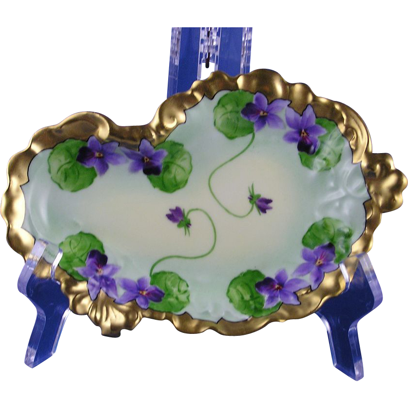 "Jean Pouyat (JP) Limoges White's Art Co. Violet Motif Serving/Pin Dish (Signed ""Porreca""/c.1914-1923)"