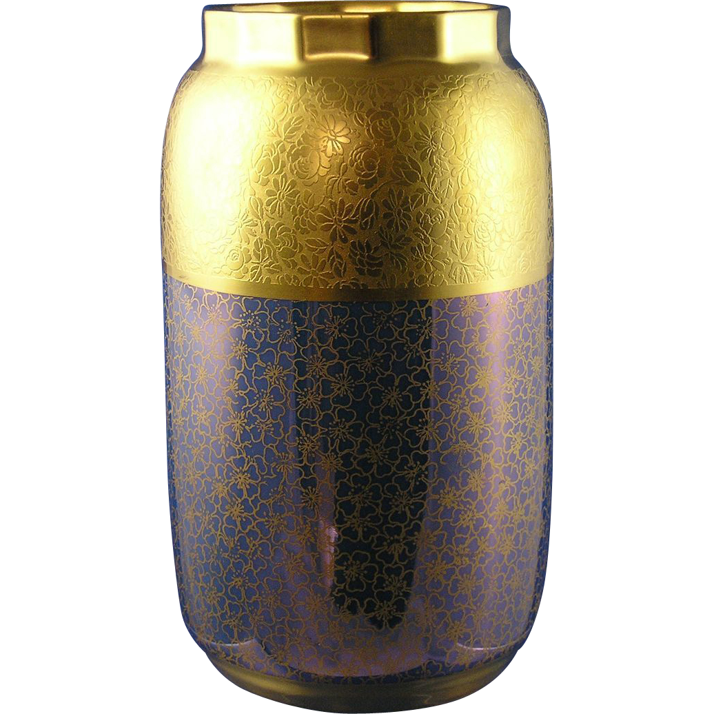 "PSAA Schonwald Porcelain Pickard Studios ""Tracery & Blue Lustre"" Design Vase (c.1919-1922)"