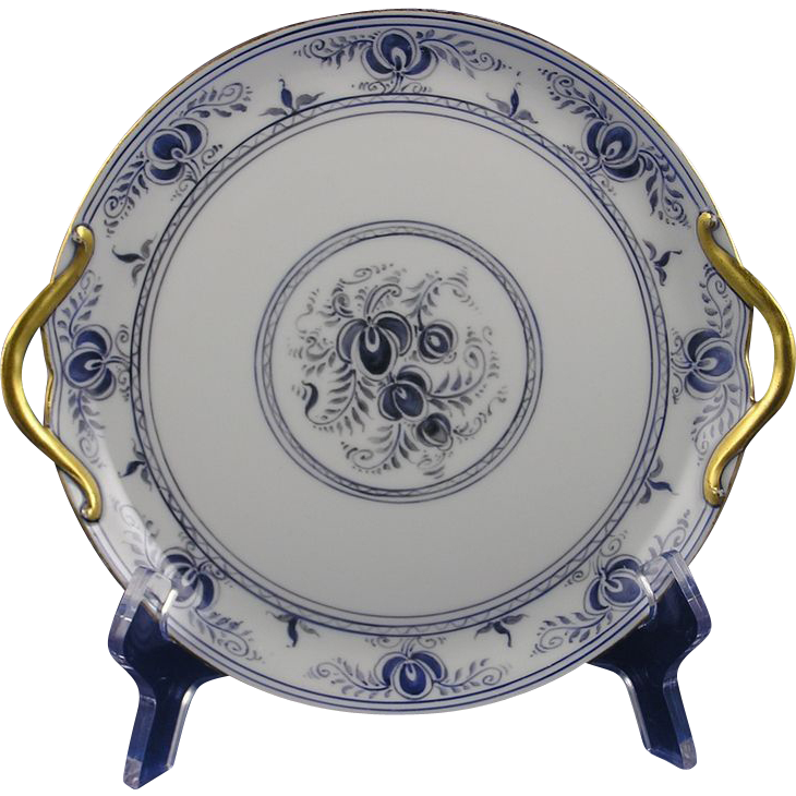 Gerard, Duffraisseix & Abbott (GDA) Limoges Arts & Crafts Floral Design Handled Plate (Signed by Atlan Club Member, Francis A. Barothy/c.1900-1941)
