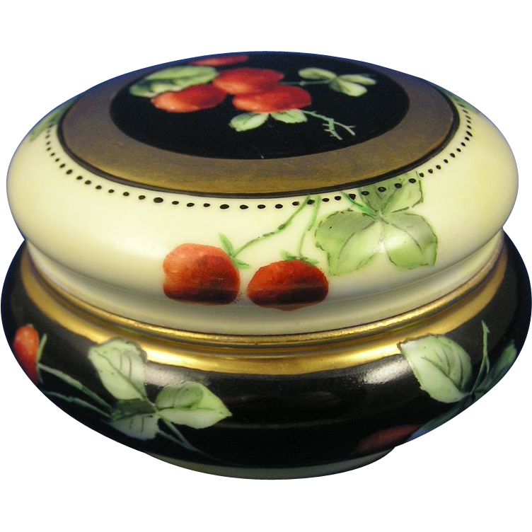 Tressemann & Vogt (T&V) Limoges Strawberries Motif Covered Dish/Dresser Jar (c.1892-1907)
