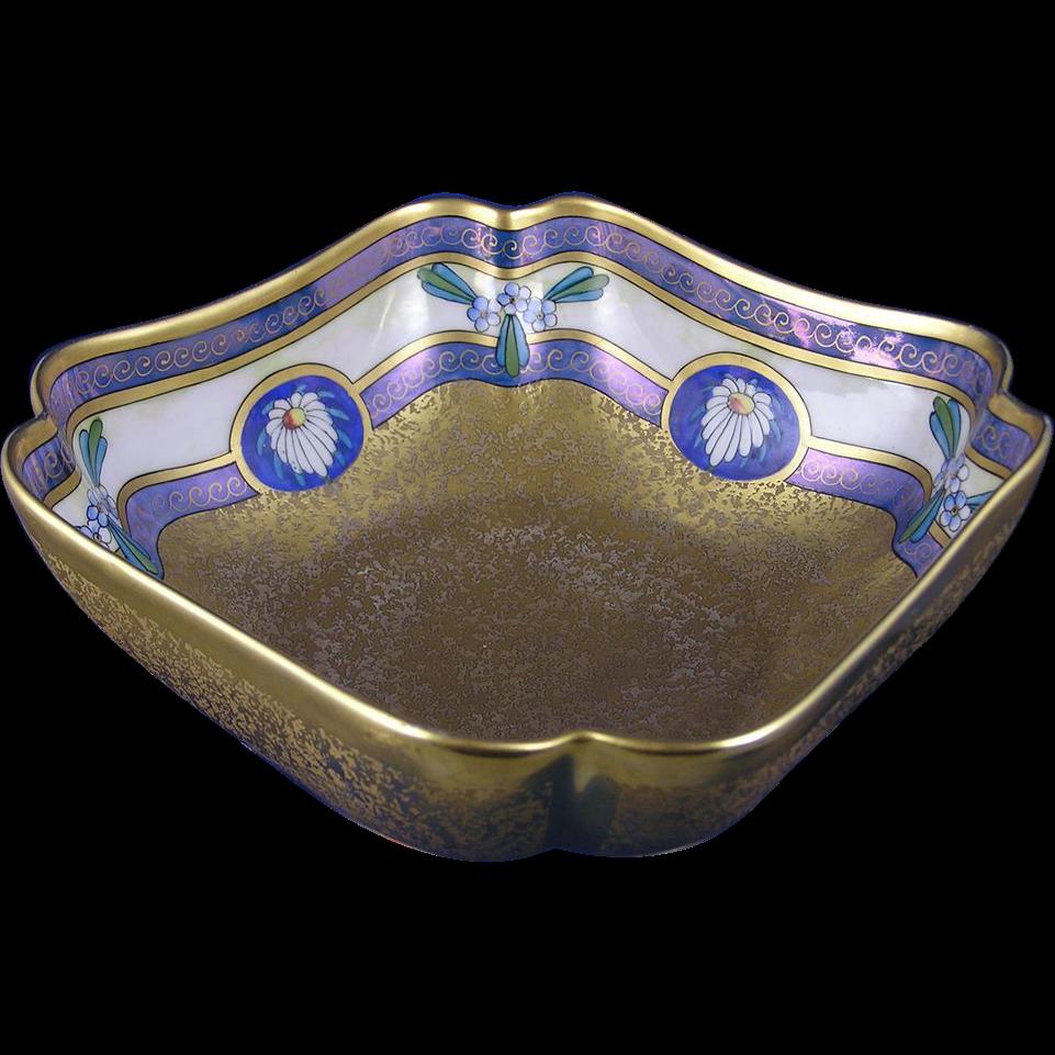 "Pickard Studios ""Encrusted Linear"" Design Bowl (c.1912-1918)"