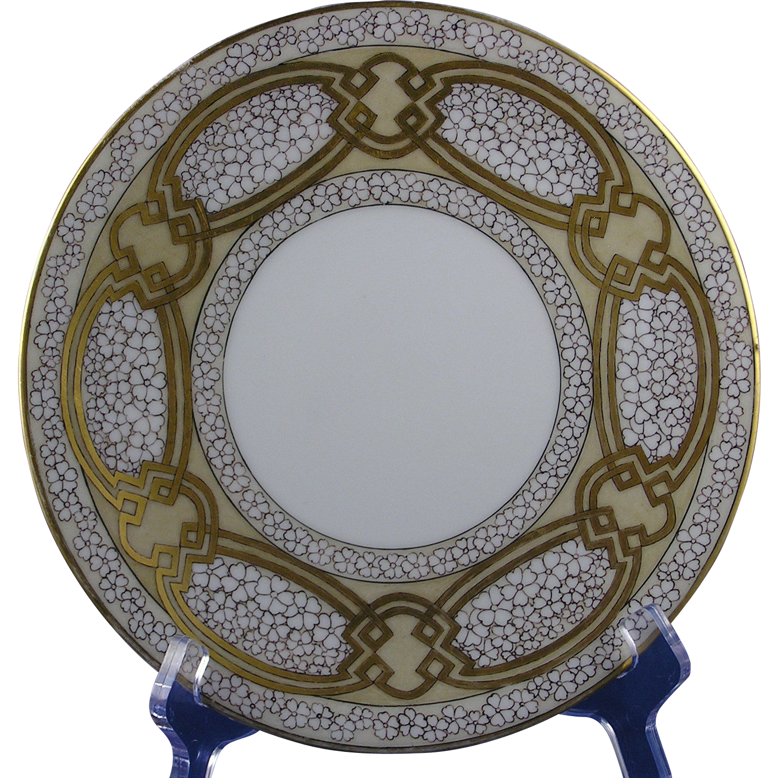 "Favorite Bavaria Arts & Crafts Floral & Gold Design Plate (Signed ""O. Mancl.""/c.1910-1930)"
