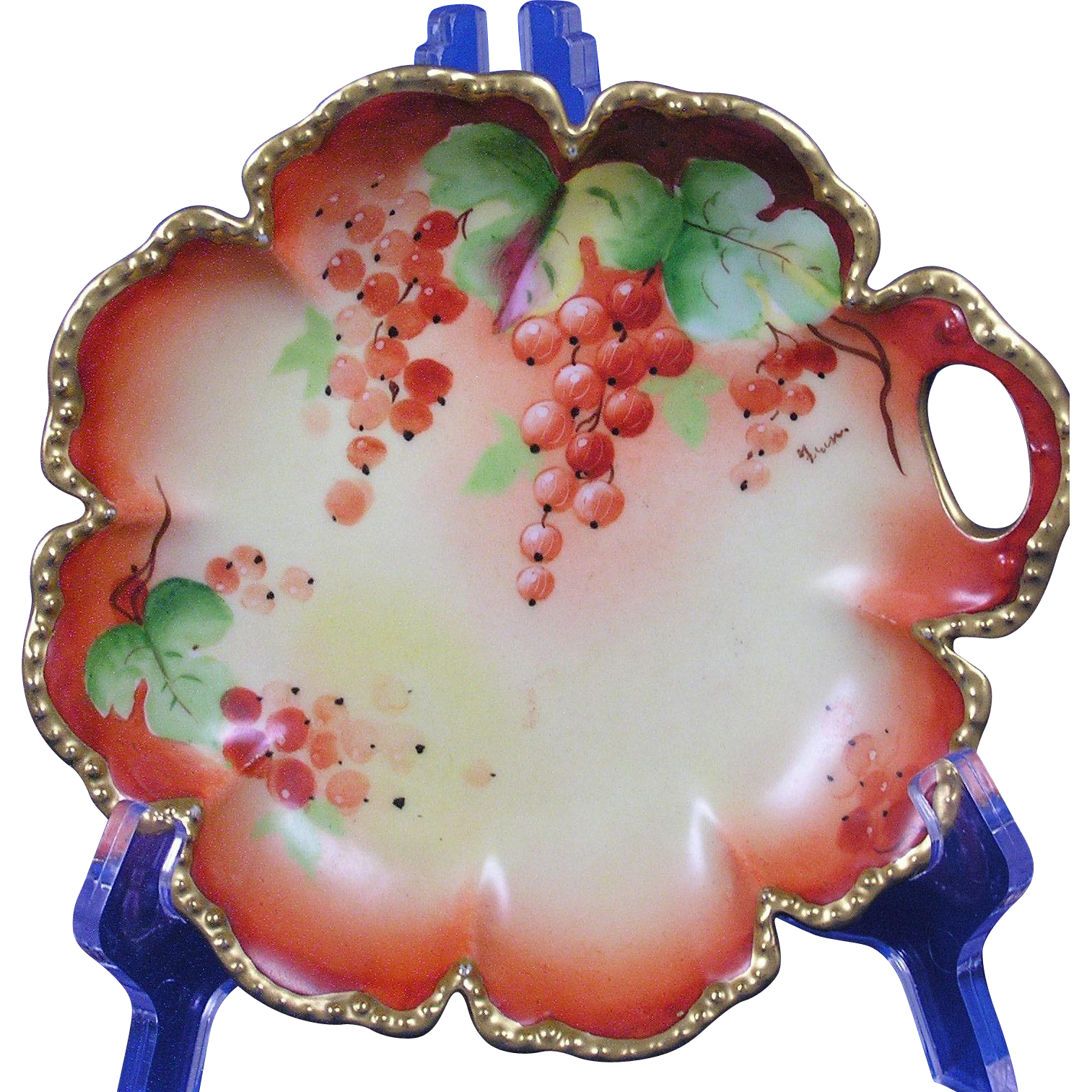 "Haviland Limoges D'Arcy's Studios Currant Design Dish (Signed ""Fran.""/c.1910-1930)"