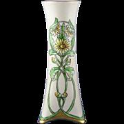 "Heinrich & Co. (H&Co.) Bavaria Arts & Crafts Daisy Motif Vase (Signed ""L. Disselhorst""/c.1896-1930)"
