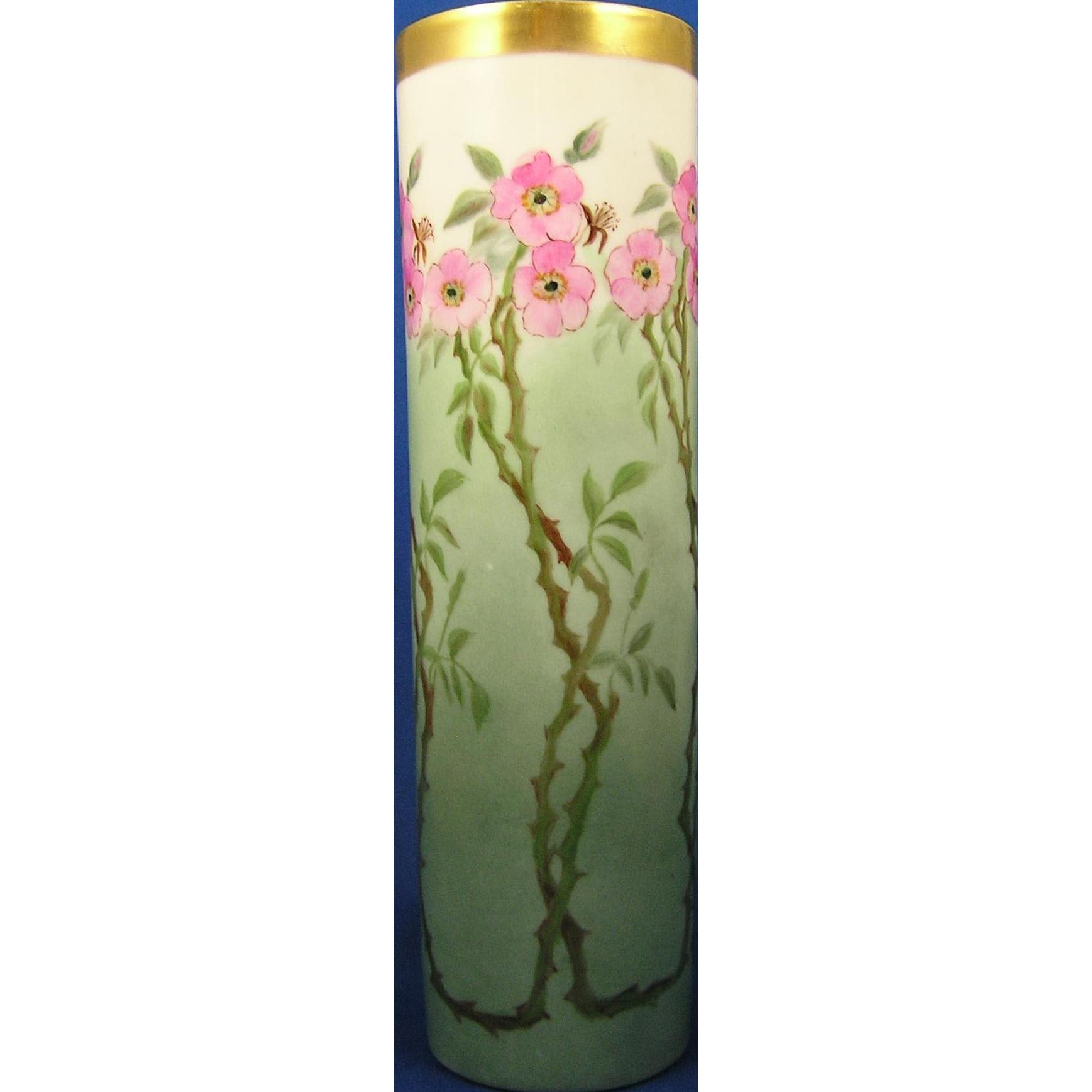 Classio Bavaria Wild Rose Design Vase (c.1920-1940)
