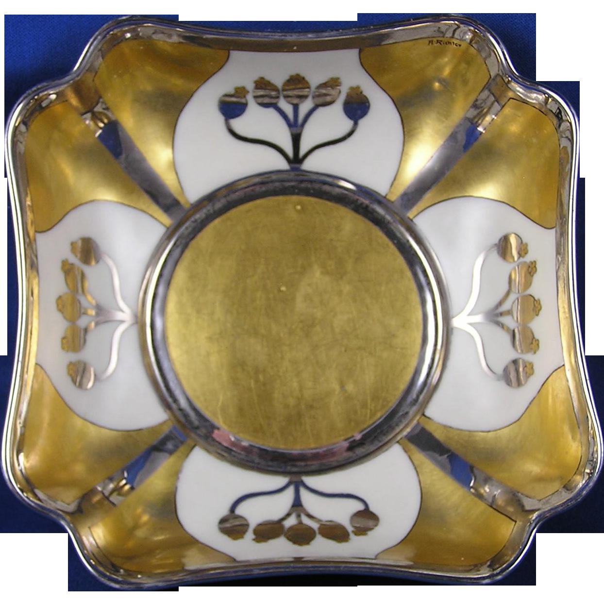 "Pickard Studios ""Aura Argenta Linear"" Bowl (Signed ""A. Richter""/c.1912-1918)"