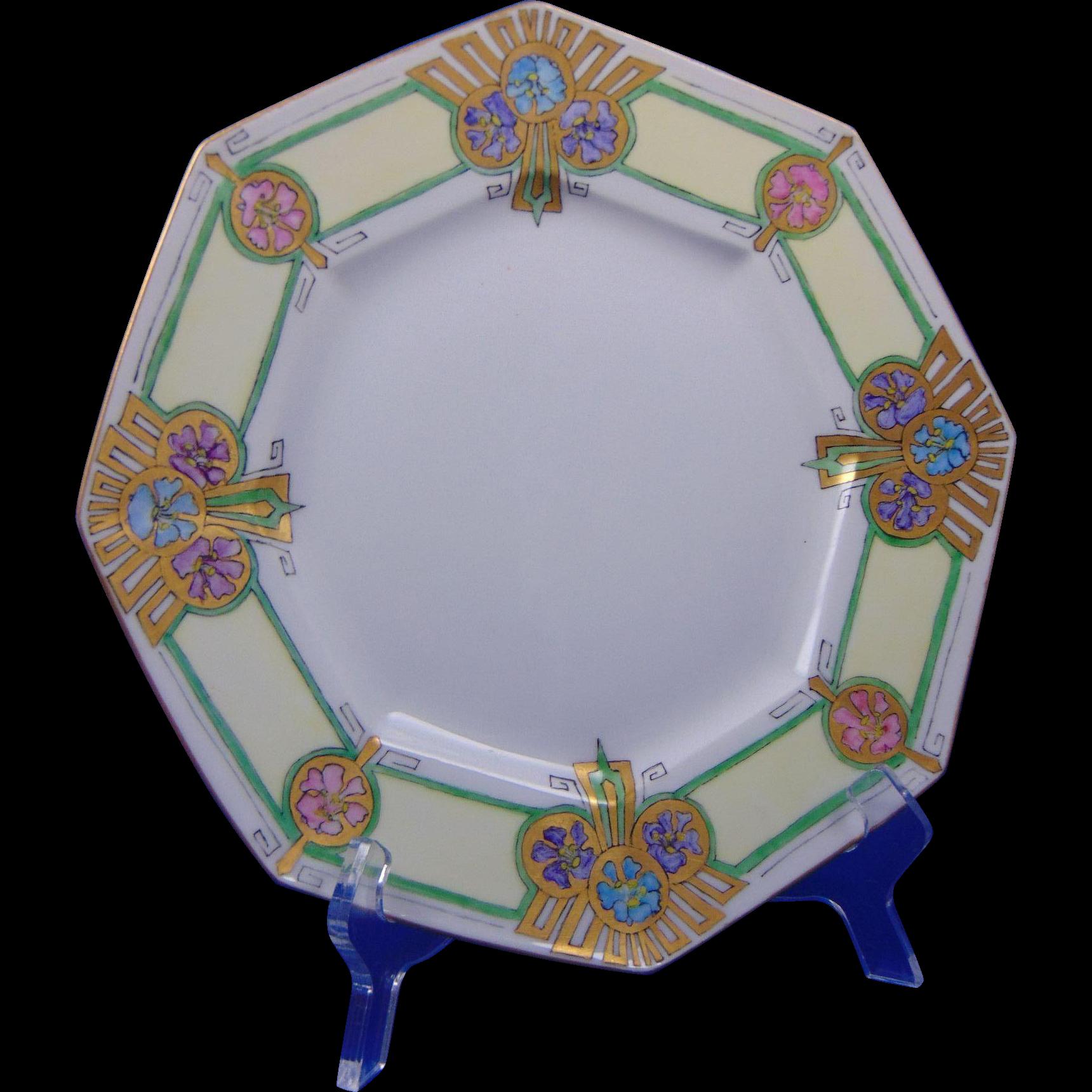Tressemann & Vogt (T&V) Limoges Art Deco Floral Plate (Signed/c.1897-1907)