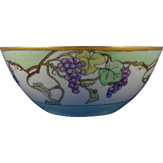 Bernardaud & Co. (B&Co.) Limoges Arts & Crafts Grape Motif Bowl (c.1900-1914)