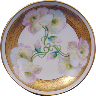 """Delinieres & Co. (D&Co.) Limoges Pickard Studios """"Pink Twin Poppy"""" Design Pedestal Dish/Compote (Signed """"Mges"""" for Edward P. Mentges/c.1905-1910)"""