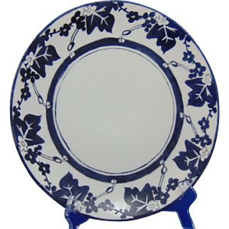 """Thomas Bavaria Arts & Crafts Blue & White Floral Design Plate (Signed """"Harriett Sayers""""/Dated 1910)"""